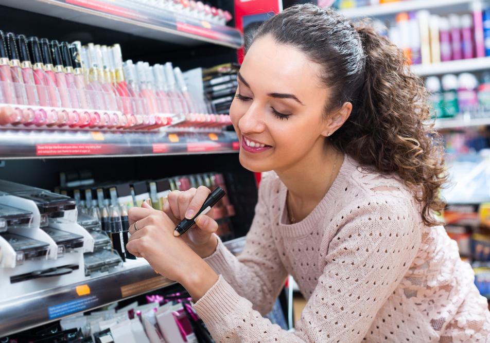 как заставить купить косметику
